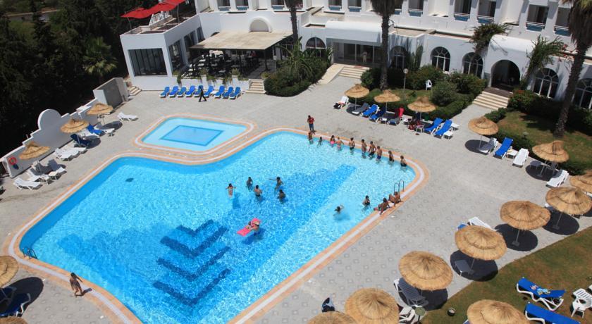 H tel menara hammamet 4 toiles for Bon plan reservation hotel